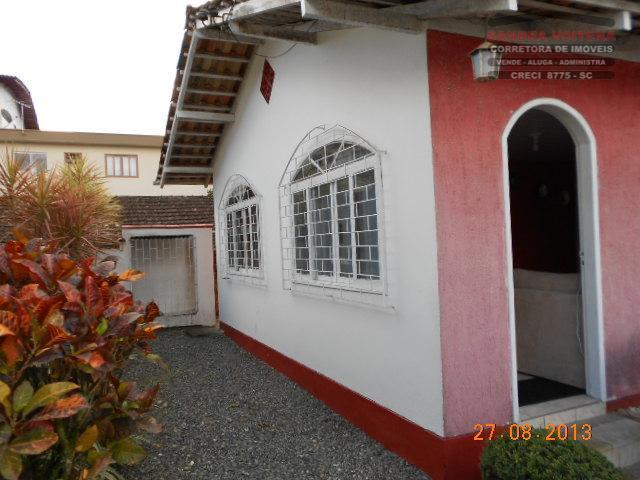 Casa residencial à venda, Saguaçu, Joinville - CA0049.