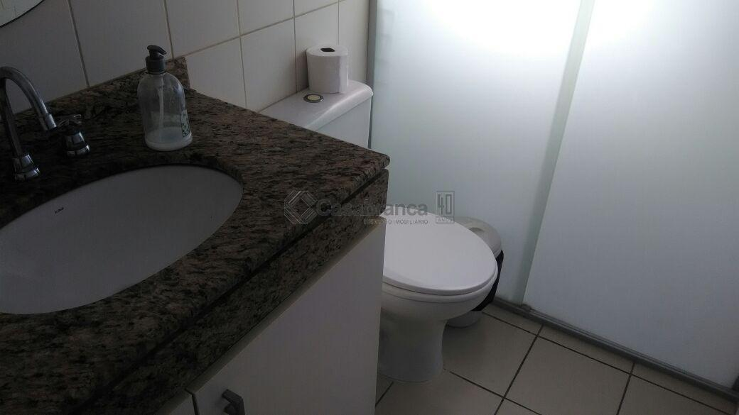 # 03 dts/01ste c/closet/arms/sacada;# sala 02 ambientes com sacada;# wc social;# cozinha/arms;# área de serviço;# aquecimento...