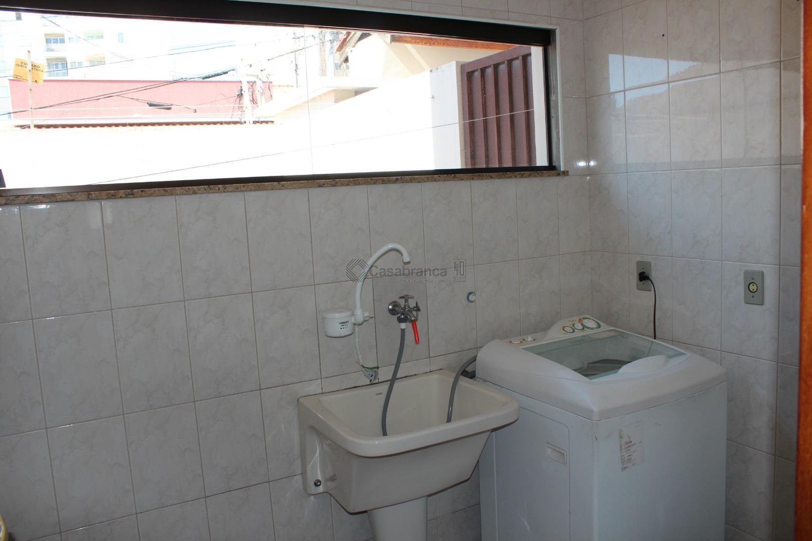 # 03dts/01 ste master c/ closet; arms;# sala 02 ambientes; # lavabo; # wc social;# cozinha...