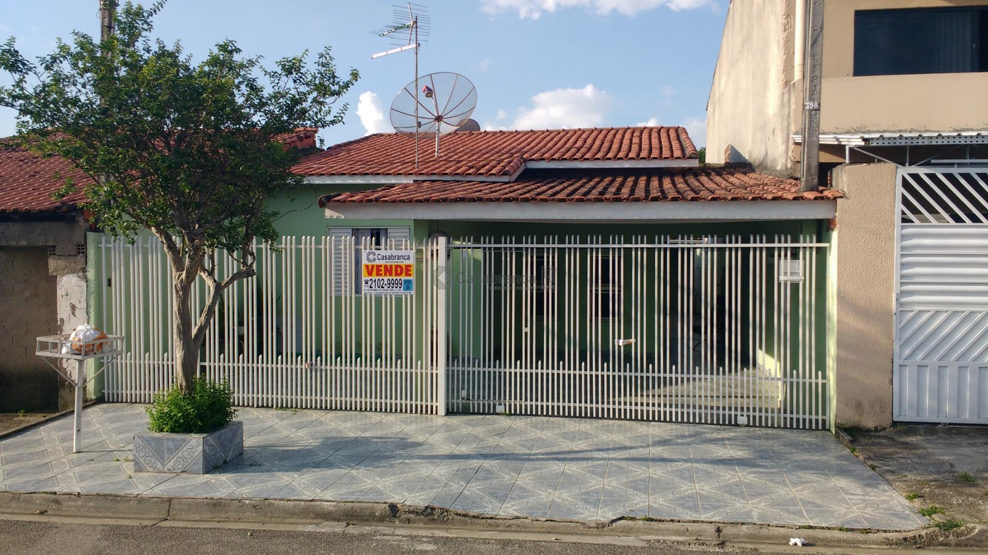 # casa térrea;# 02 dts/01ste;# sala 02 ambientes;# wc social; # cozinha;# área de serviço;# varanda;#...