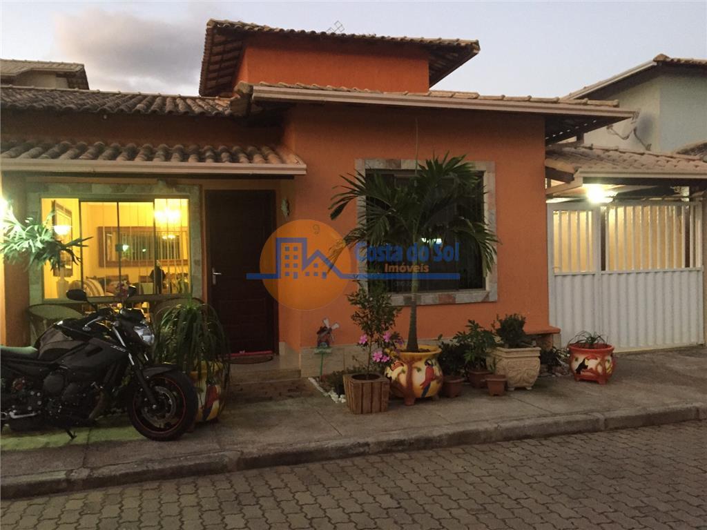 Casa diferenciada em condomínio fechado, Chácara/ Jardim Mariléa, Rio das Ostras.