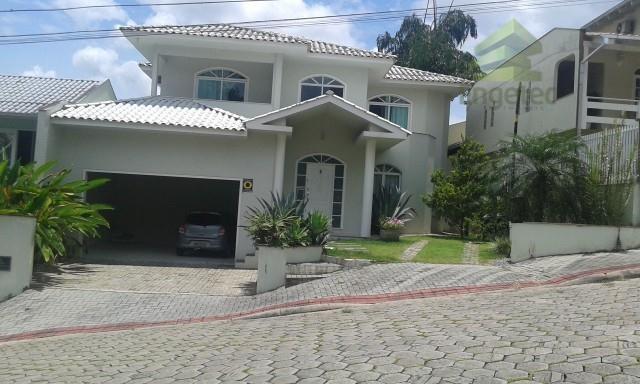 Casa residencial à venda, Centro, Jaraguá do Sul.