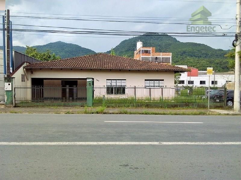 Casa comercial à venda, Baependi, Jaraguá do Sul.