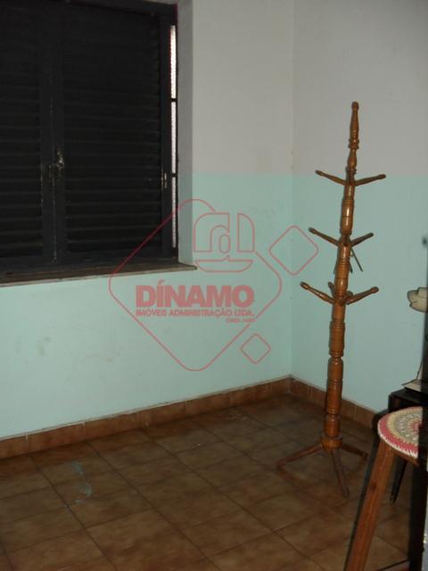 4 dorms (arm,1 suíte), wc social, cozinha, quarto emp., wc emp. área serviço. r$ 3.000,00salão +/-...