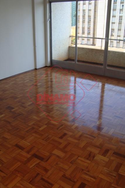 Apartamento com 3 dormitórios para alugar, 125 m² por R$ 800/ano - Centro - Ribeirão Preto/SP