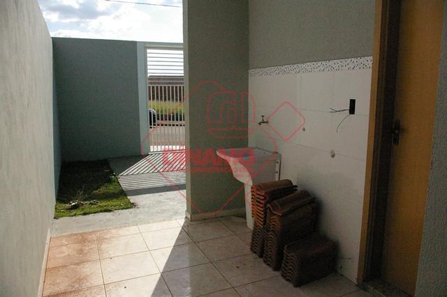 nova, 3 dorms.(suíte), sala, wc. social, cozinha, área serviço, quintal, garagem 2 carros descobertos, sem armários,...