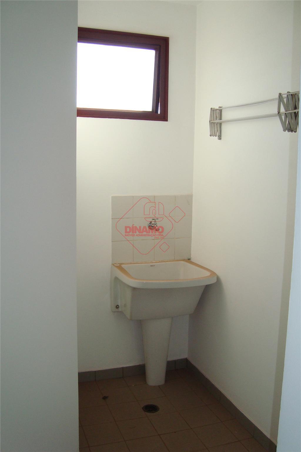 01 suíte (arm), sala, cozinha (arm), área de serviço, garagem, 02 camas de solteiro, 01 colchão,...