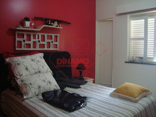 3 dorms. (suite) armários, sala c/ 2 ambientes, wc social (gab./box acrílico), cozinha planejada, área de...