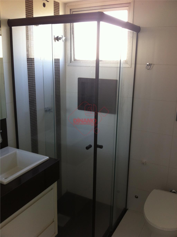 1 suíte(armários), sala (painel), sacada, cozinha(armários), área serviço, 45 m2 úteis, cond. = r$ 400,00, portaria...