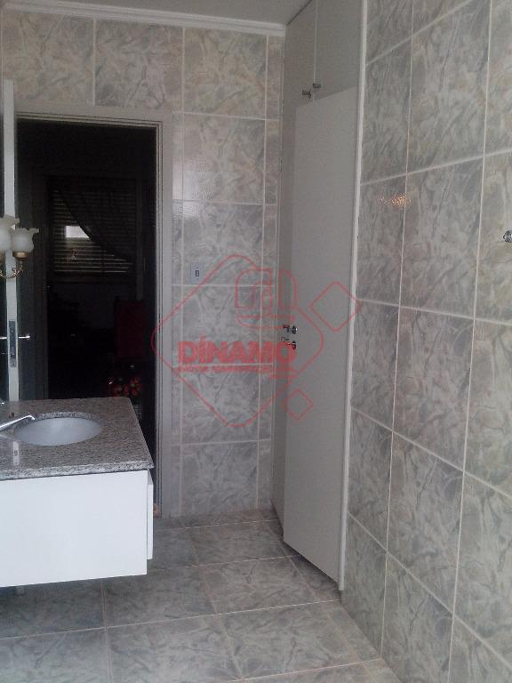 3 dorms.(suíte) armários, sala(armários/gab./blindex), sala 2 ambientes, lavabo, wc. social(gab./blindex), sacada, copa(mármore), cozinha (armários), área serviço,...
