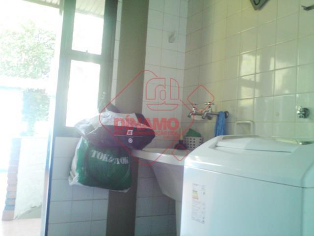 cond. villa verde, 4 suítes (armário/closet/box), 2 salas (estar/jantar/visitas), escritório, lavabo, varanda (sala jantar), cozinha (armário),...