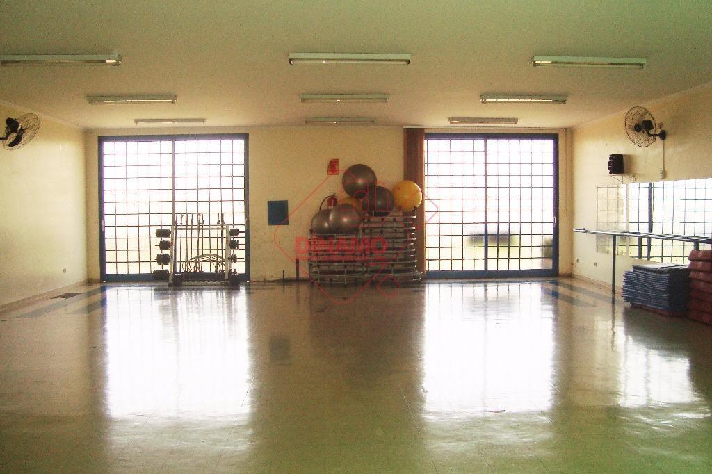 Sobrado comercial para venda e locação, Parque Anhangüera, Ribeirão Preto - SO0347.