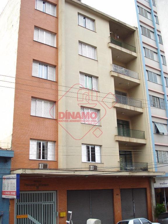 Apartamento residencial para locação, Centro, Ribeirão Preto - AP0787.