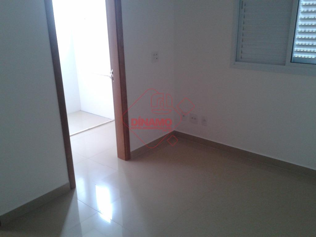 novo, 3 suítes, sala 2 ambientes, lavabo, sacada gourmet, cozinha, área serviço, wc. empregada, 2 vagas...