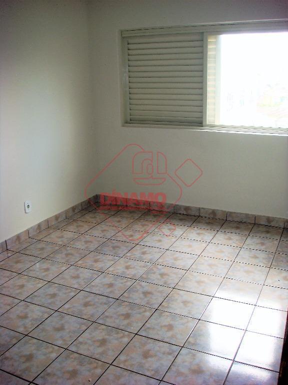 próximo barão de mauá, 2 dorms.(1 com armário), sala, wc. social, cozinha(gabinete), área serviço, 1 vaga...