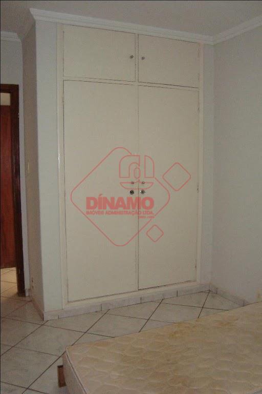 2 dormitórios (armários), sala, lavabo (armário), wc social (gabinete, blindex), copa (armários), cozinha (gabinete), área de...