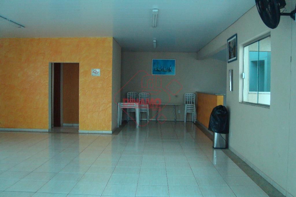 3 dormitórios(suíte) 1 transformado em closet, 2 vagas cobertas, rico em armários e cozinha planejada, área...