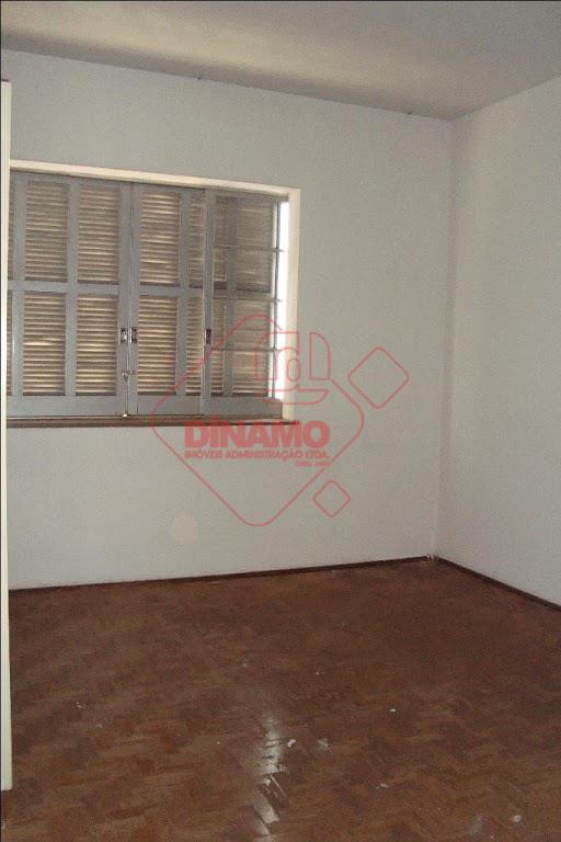 03 dormitórios (armários), sala, cozinha (gabinete), wc social (box), despensa, banheiro de empregada, área de serviço,...
