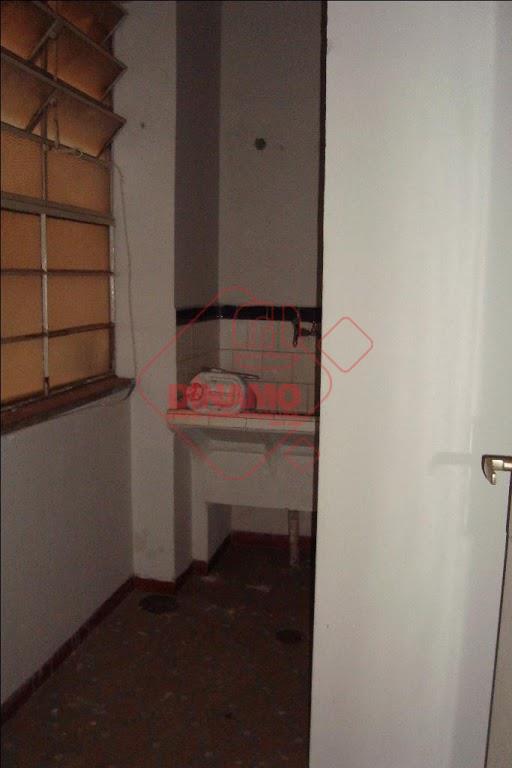 03 dormitórios (armários), sala, wc social (blindex), cozinha (gabinete), despensa, wc de empregada, área de serviço,...