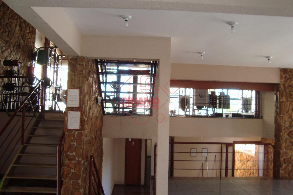 alugado, 3 dorms.(suíte), sala, wc. social, cozinha, área serviço, piscina, 1 vaga garagem, prédio 7 andares,...
