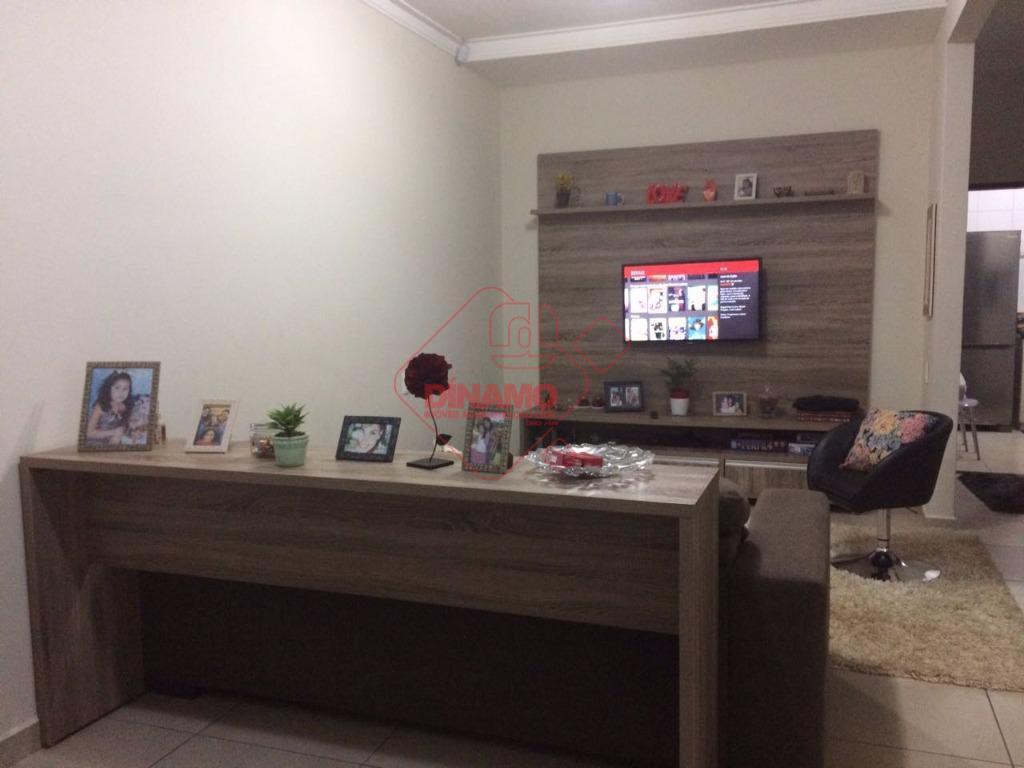 excelente imóvel, 2 dorms(suíte c/ gabinete/blindex) armários, wc. social (gab./blindex), cozinha (armário/cooktop), área serviço, garagem coberta...