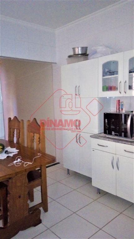 imóvel alugado, 3 dormitórios (sendo 01 suíte, armários, ar condicionado, ventiladores), sala (ar condicionado), wc. social...