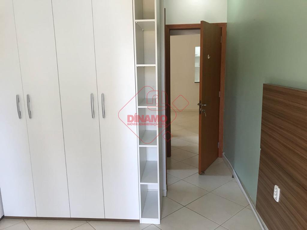 ótima localização, 2 dorms.(suíte c/ box vidro) armários, sala 2 ambientes, wc. social, sacada, cozinha planejada,...