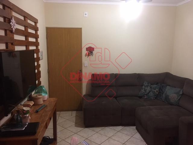 2 dormitórios(armários), cozinha e área de serviço(armários), ventiladores quartos e sala, já equipado com forno elétrico...