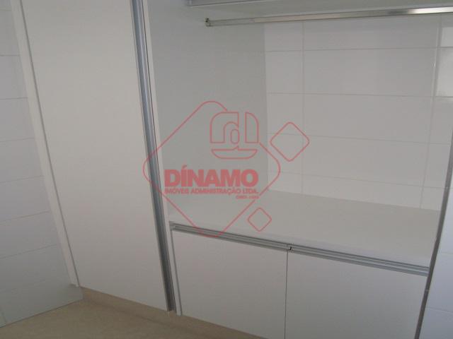 2 dormitórios (sendo 01 suite, armários), sala, wc social (gabinete/blindex), cozinha (planejada), área de serviço (armários),...