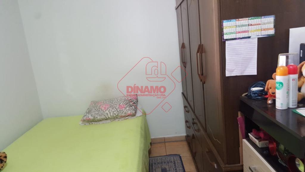 2 dormitórios (armário em 1), sala, wc social (blindex), varanda com churrasqueira (coberta), cozinha c/ gabinete,...