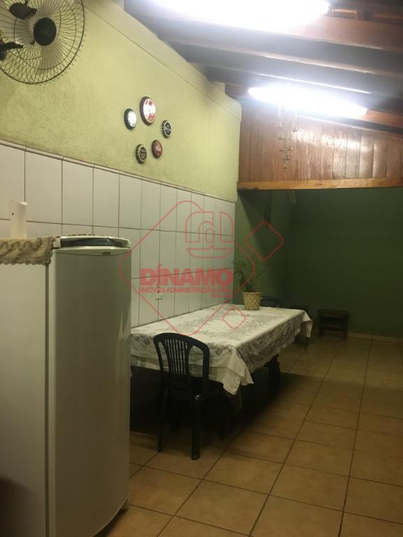 3 dorms.(suíte c/ hidro) armários nos dorms, 3 salas, lavabo, wc. social(gabinete/blindex), varanda(pia,balcão,churrasqueira), cozinha planejada, área...