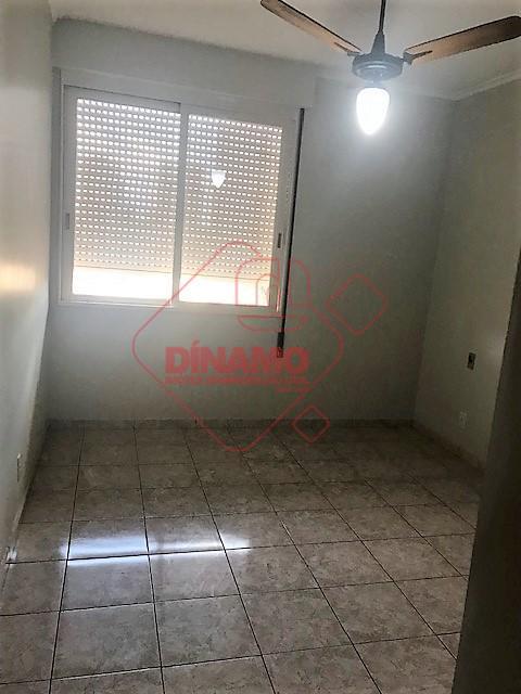 03 dormitórios (sendo 01 suíte, closet, armários), sala 02 ambientes, corredor com armário, wc social (armário,...
