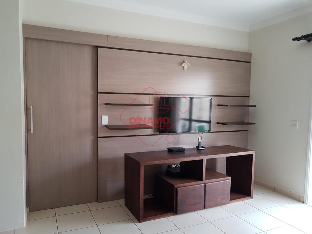 3 dorms.(suíte) armários, sala 2 ambientes, wc. social, cozinha planejada, área serviço (armários), quintal, 4 vagas...