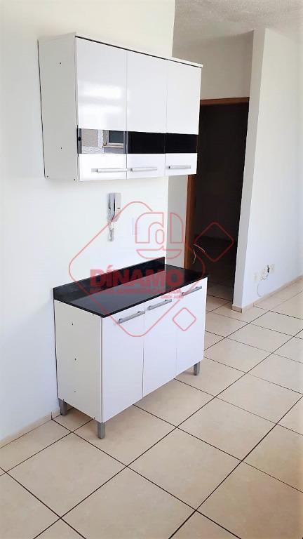 Apartamento com 2 dormitórios para alugar, 44 m² por R$ 650/mês - Jardim Manoel Penna - Ribeirão Preto/SP