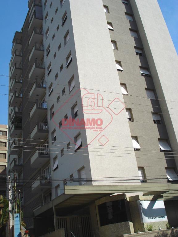 Apartamento com 3 dormitórios para alugar, 116 m² por R$ 1.200/ano - Higienópolis - Ribeirão Preto/SP