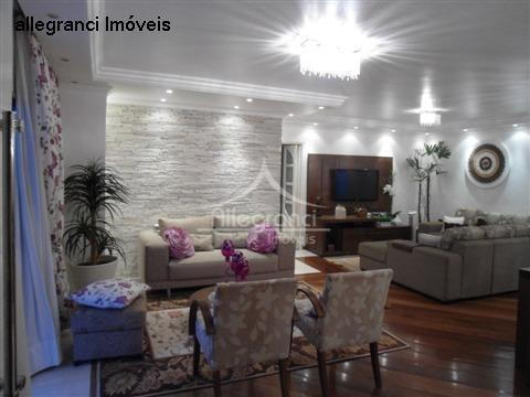 Amplo Apartamento com 168m², todo reformado, Belenzinho, próximo ao metrô e ao Largo São José do Belém.