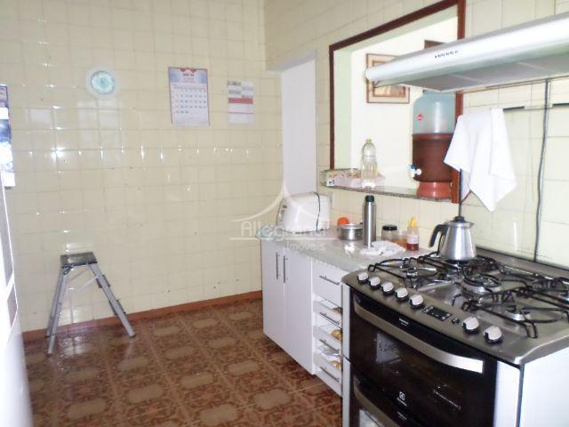 casas térreasconjugadas com entrada separadasambas com 2 quartossalacozinha1 quarto sendo suite2 vagas de garagem