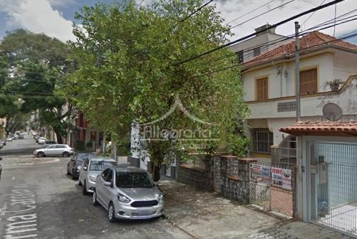 sobrado na melhor rua do belémentrada lateraljardim na frente salacozinhaquintallavanderiabanheiro3 dormitóriosprecisa de reforma