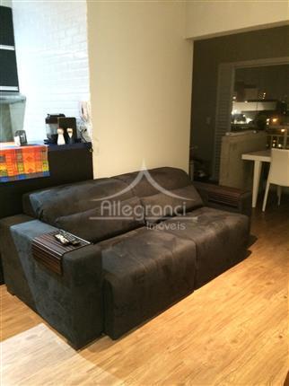 1- piso laminado em todo o apartamento; 2- varanda nivelada com a sala (aumentando a sala);...