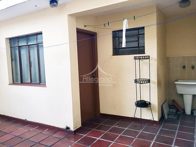 casa com 156m2 de área construída, toda gradeada e com portão automático.3 dormitórios com 1 suíte,...