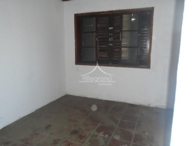 salão com vão livre 180m2 piso inferior trifasico, com 2 banheiros, copa e corredor lateral. (...