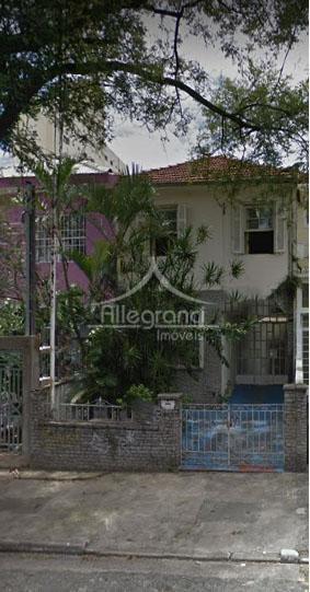 casa na rua redenção - bairro do belém.com 240 m² de terreno sendo 6 x 40.a.c....