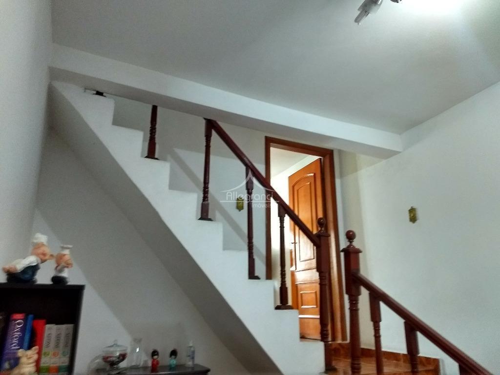 sobrado próximo ao largo do belem,sendo 220 metros com 3 dormitórios sendo 2 suite,2 salas,copas cozinha,4...