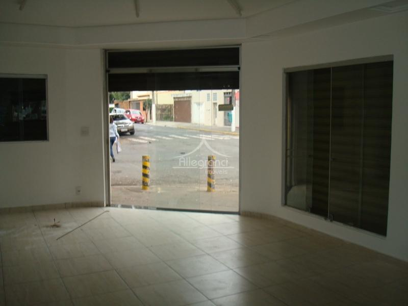 lindo salão comercial60 m²com banheiropiso frio
