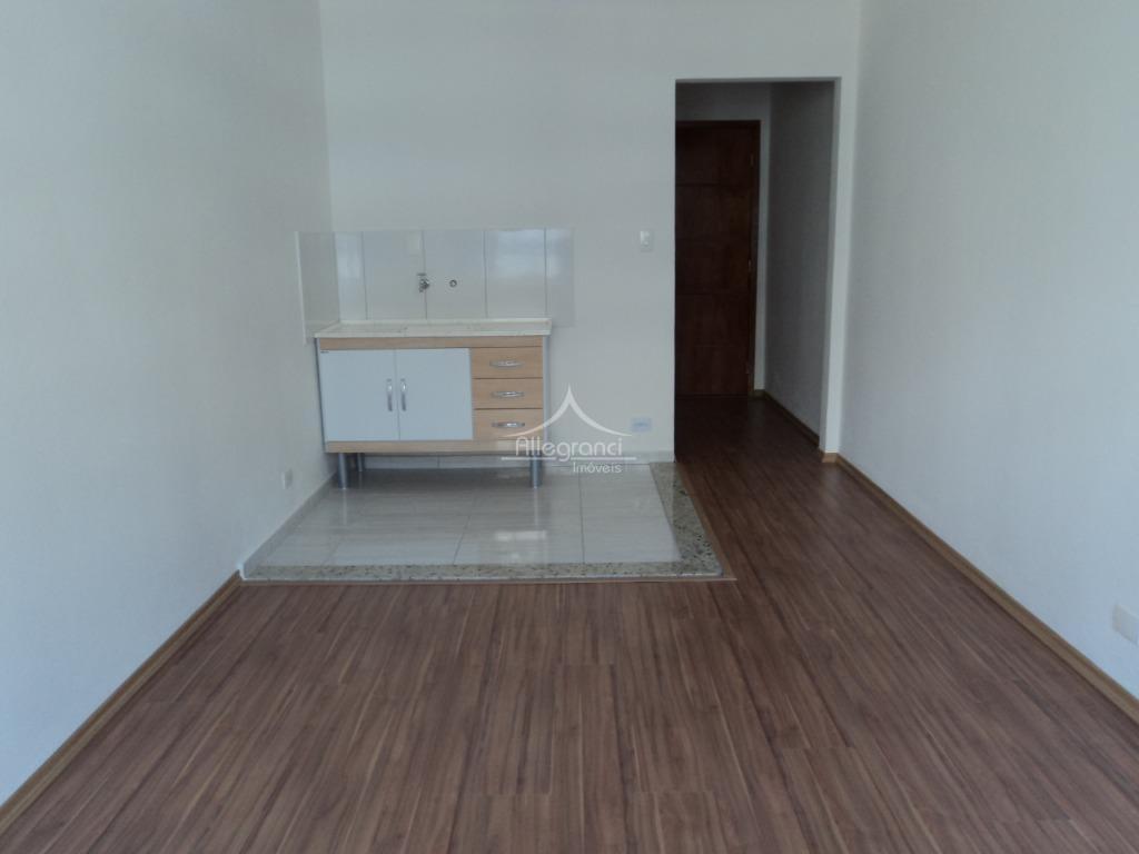 kit 25m² totalmente reformada a 900 metros do metrô liberdade  sala, cozinha, wc , sem vaga