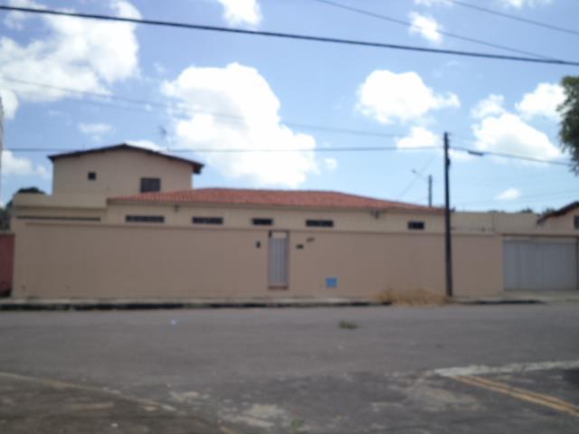 Casa residencial para locação, Alagadiço, Fortaleza.