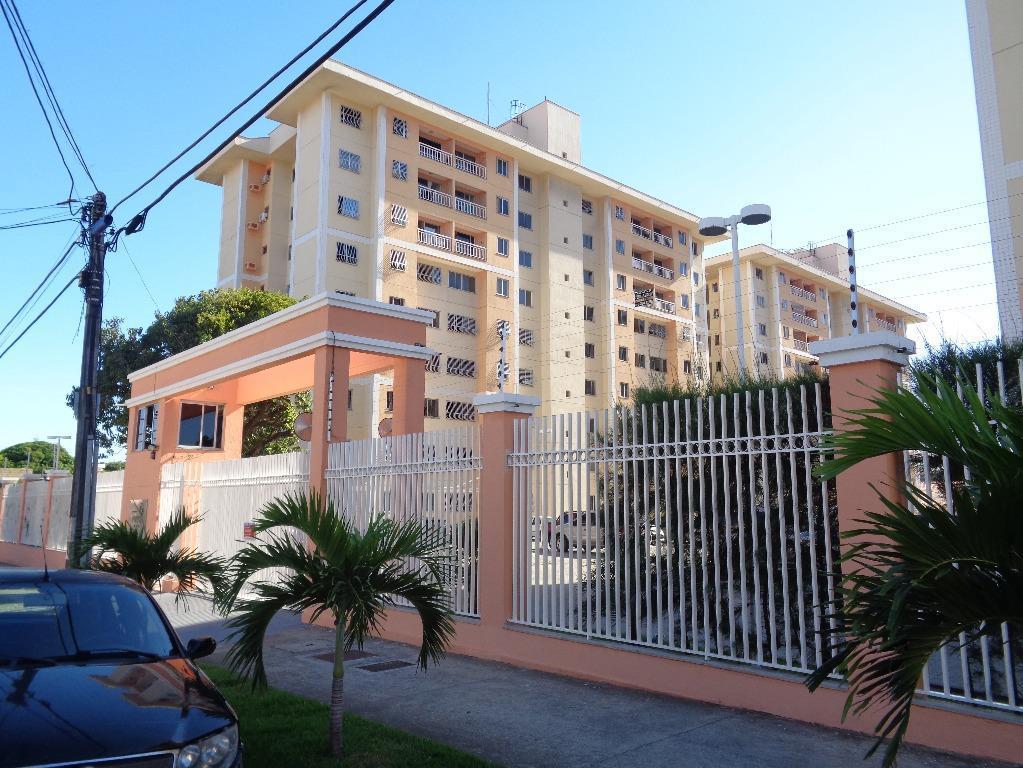 Apartamento residencial à venda, Álvaro Weyne, Fortaleza - AP2679.