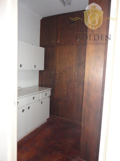 apartamento, 2 dormitórios. na rua duque de caxias, próximo da assembléia e palácio piratini. centro histórico....