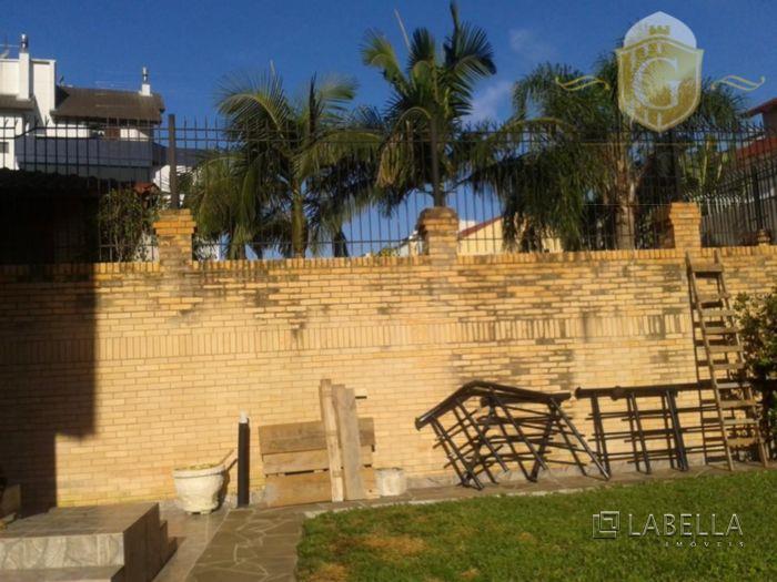 excelente imóvel no bairro jardim planalto em porto alegre! com 4 dormitórios, 2 banheiros, 4 suítes...