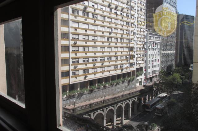 Apartamento residencial à venda, Centro Histórico, Porto Alegre - AP0403.